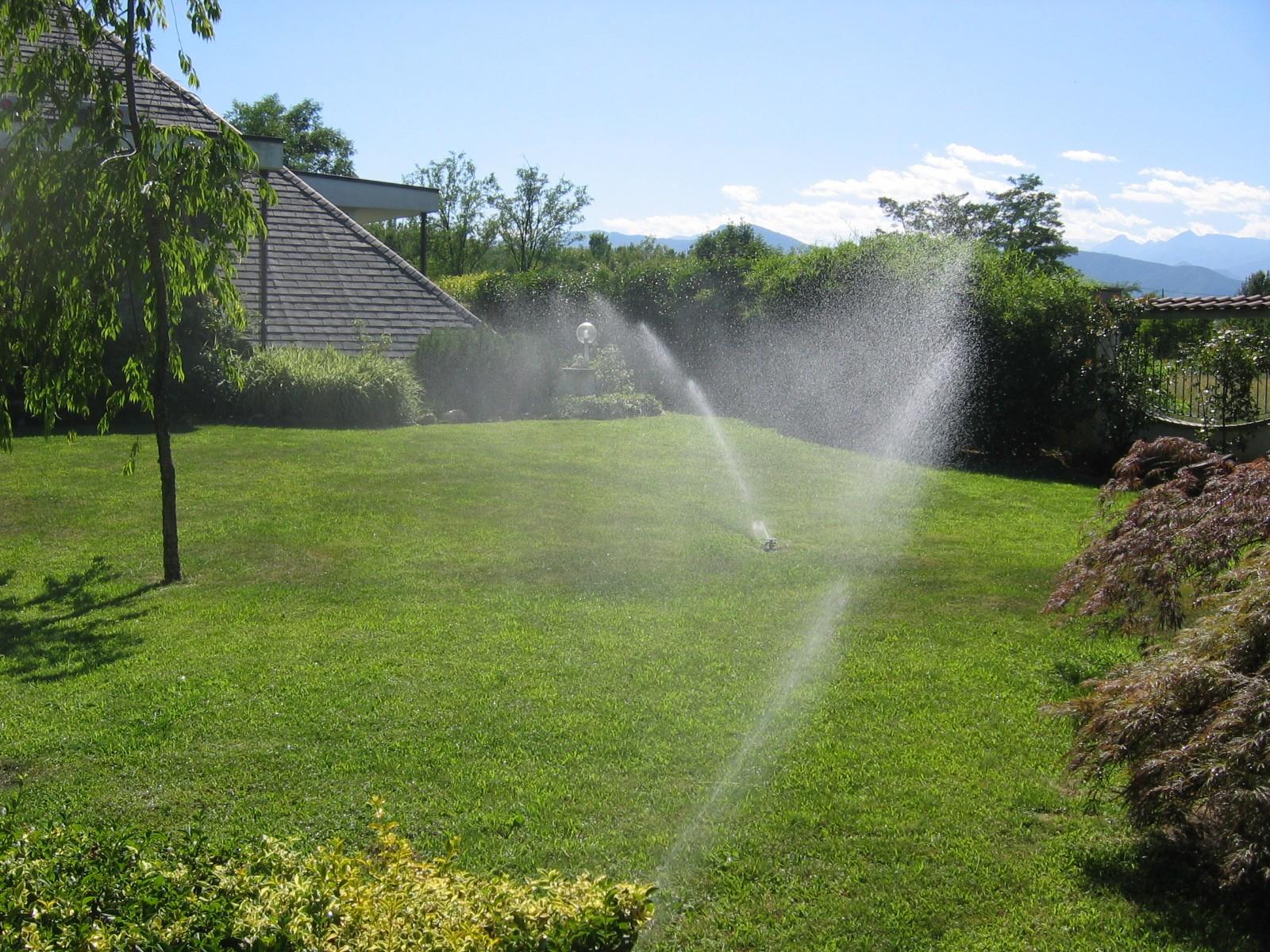 Realizzazione giardini privati e pubblici giardinaggio for Tecniche di irrigazione